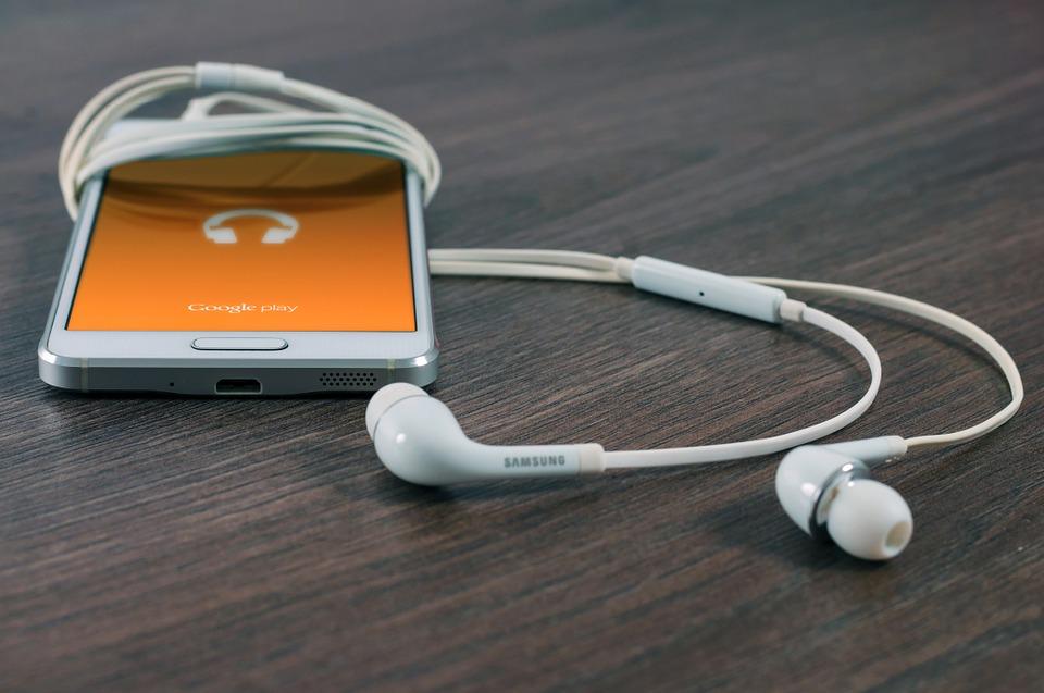 samsung se sluchátky